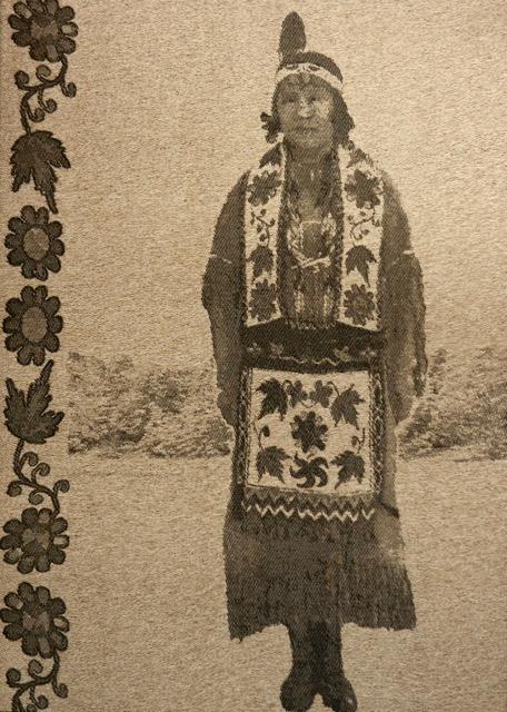Mary Tuckwob George1 weaving